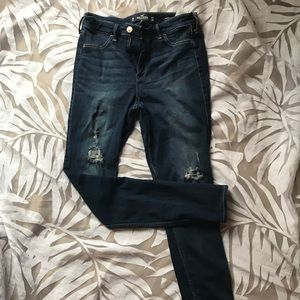 Hollister Ripped Jeggings